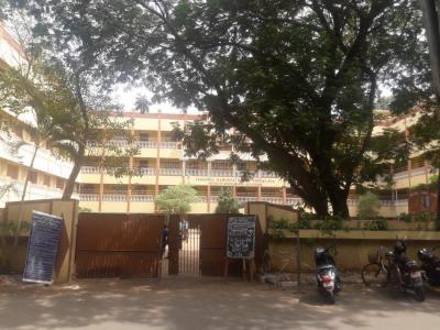 Schools &Universities Image of 0 - 5000.0 Sq.ft 4 BHK Apartment for buy in Navin's Gayathri