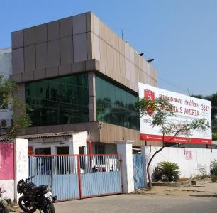 Schools & Universities Image of 1700 Sq.ft 3 BHK Apartment for rent in Thoraipakkam for 22000