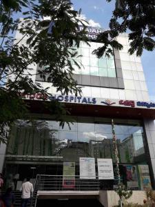 Hospitals & Clinics Image of 1465 - 2100 Sq.ft 3 BHK Apartment for buy in Sahiti Sri Vidhya Petals