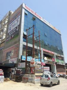 Groceries/Supermarkets Image of 39.0 - 1700.0 Sq.ft Shop Shop for buy in Gaursons Hi Tech Gaur City Arcade