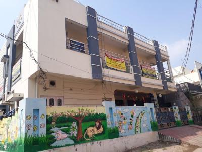 विजया साई एनक्लेव में खरीदने के लिए 0 - 465.0 Sq.ft 1 BHK अपार्टमेंट स्कूलों और विश्वविद्यालयों   की तस्वीर