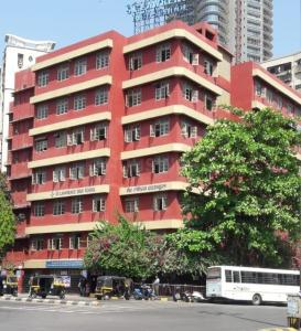Schools & Universities Image of 880 Sq.ft 2 BHK Apartment for rent in Borivali West for 26000