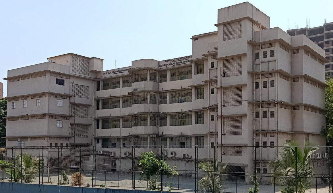 Schools &Universities Image of 550.0 - 790.0 Sq.ft 1 BHK Apartment for buy in Ekta Rock Spring