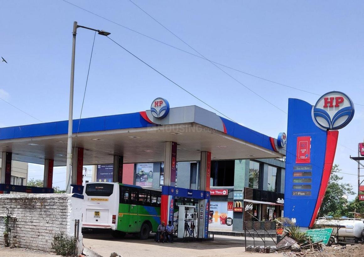 Petrol Pumps Image of 697 Sq.ft 1 BHK Apartment for buy in Hinjewadi for 4000000
