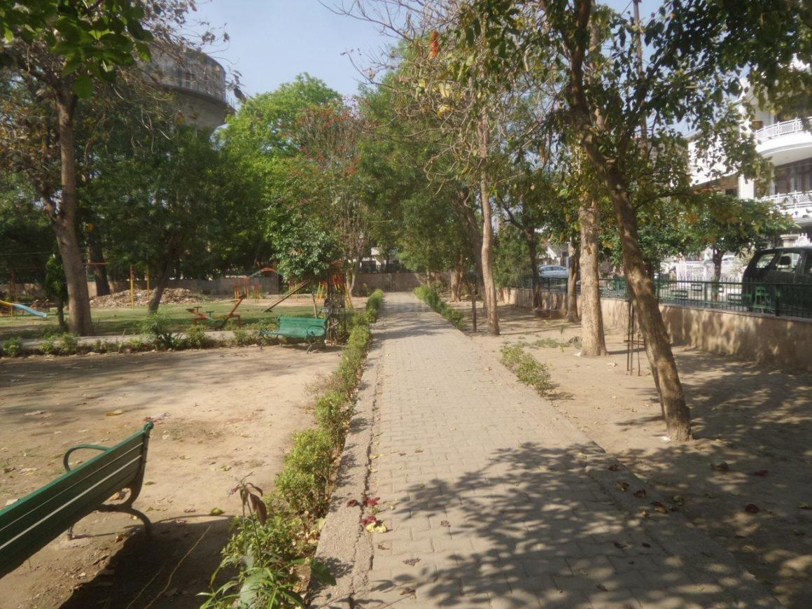 Parks Image of 0 - 3150 Sq.ft 4 BHK Independent Floor for buy in Satyam Apartment - 25