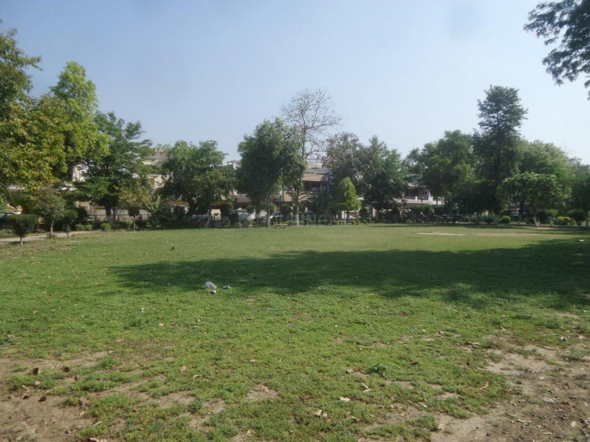 Parks Image of 0 - 1800 Sq.ft 3 BHK Independent Floor for buy in Satyam Apartment - M121