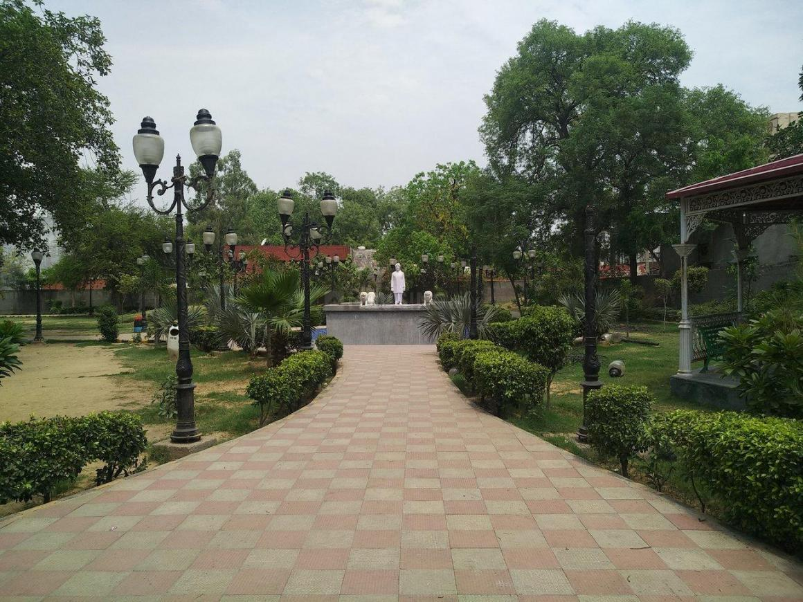 Parks Image of 1300 Sq.ft 2 BHK Independent House for buy in Sector 6 for 5500000