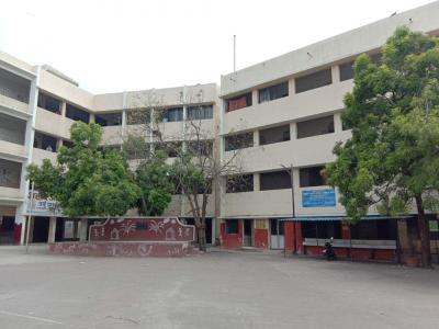 Schools & Universities Image of 540 Sq.ft 1 RK Independent Floor for buy in Yerawada for 2500000