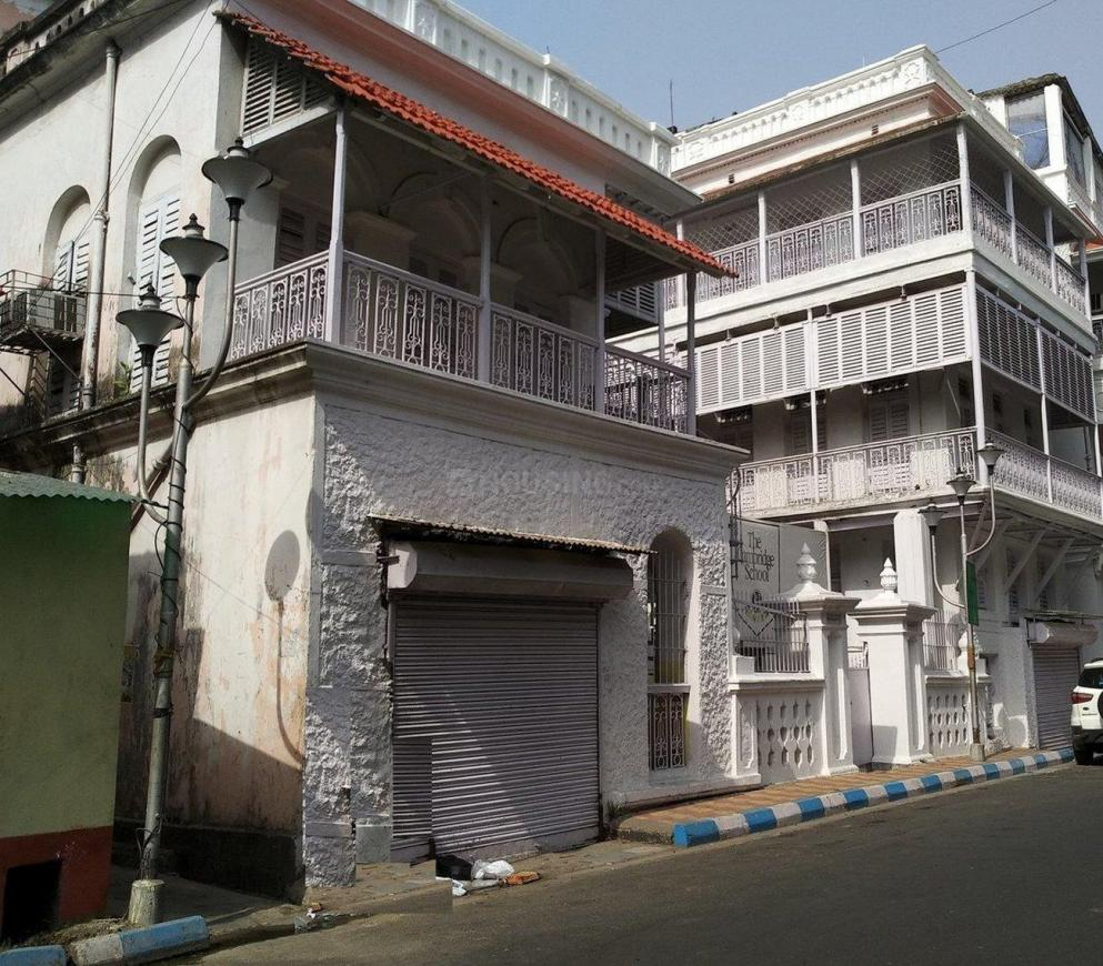 Schools &Universities Image of 0 - 1400.0 Sq.ft 3 BHK Apartment for buy in Team Rave