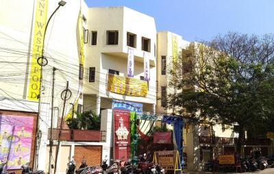 मागीझची कॉलोनी में खरीदने के लिए 0 - 1300.0 Sq.ft 3 BHK अपार्टमेंट स्कूलों और विश्वविद्यालयों   की तस्वीर