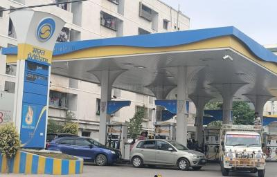 Petrol Pumps Image of 1040 Sq.ft 2 BHK Apartment for buy in Kukatpally for 6500000