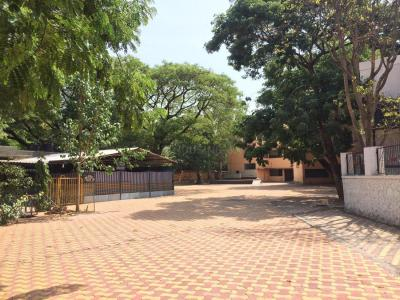 Schools & Universities Image of 1900 Sq.ft 2 BHK Apartment for buy in Prachi Apartments, Ghorpadi for 8700000