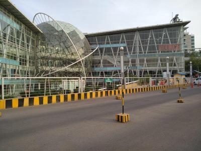 श्री कृष्ण होम्स में खरीदने के लिए 0 - 1100.0 Sq.ft 3 BHK अपार्टमेंट शॉपिंग मॉल  की तस्वीर
