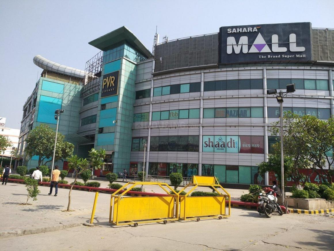 Shopping Malls Image of 540 Sq.ft 1 RK Independent Floor for rent in DLF Phase 1 for 13500