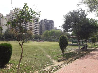 Parks Image of 0 - 1950.0 Sq.ft 3 BHK Apartment for buy in CGHS Media House