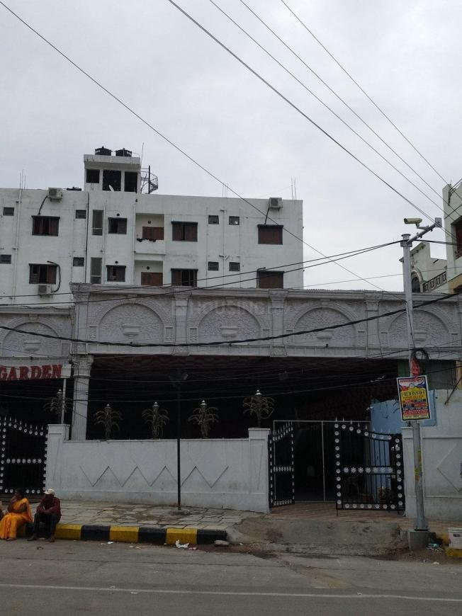 Parks Image of 1000 Sq.ft 3 BHK Independent House for buy in Toli Chowki for 8300000