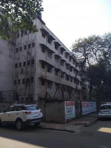 Schools & Universities Image of 710 Sq.ft 1 BHK Apartment for rent in Bandra East for 45000