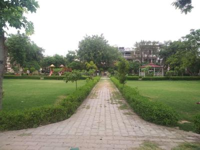 Parks Image of 0 - 4203 Sq.ft 4 BHK Independent Floor for buy in S.D. Homes