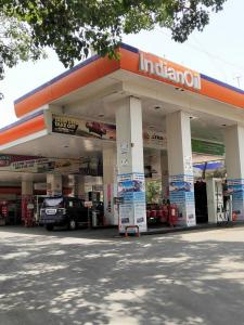 Petrol Pumps Image of 2020 - 2520 Sq.ft 3 BHK Apartment for buy in Sabari Horizion