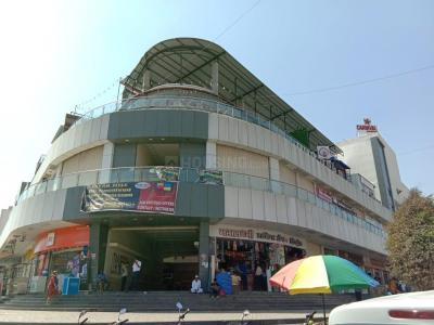 Shopping Malls Image of 624.74 - 786.73 Sq.ft 2 BHK Apartment for buy in 24 Sunshine Towers