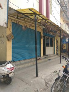 Groceries/Supermarkets Image of 4200 Sq.ft 8 BHK Independent House for buy in Karwan for 18500000