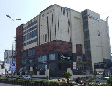 ग्रीन कुबेरा में खरीदने के लिए 934 - 964 Sq.ft 2 BHK अपार्टमेंट शॉपिंग मॉल  की तस्वीर