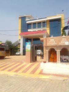 Schools &Universities Image of 1600 - 4500 Sq.ft 2 BHK Villa for buy in Chavanrishi Lutyen's Estates