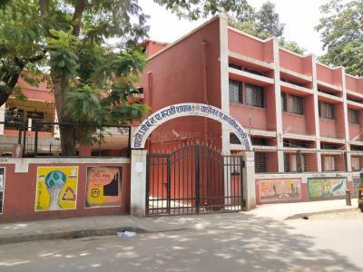 Schools & Universities Image of 1012 Sq.ft 2 BHK Apartment for buy in Tridhaatu Morya, Chembur for 16200000