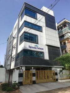 Schools & Universities Image of 3260 Sq.ft 4 BHK Apartment for buy in SH Casa Rouge, Kothaguda for 28000000