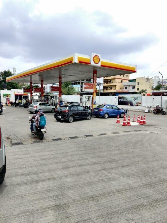 Petrol Pumps Image of 909.0 - 1010.0 Sq.ft 2 BHK Apartment for buy in Siddhivinayak Hashtaj
