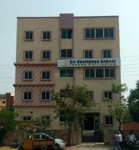 Schools & Universities Image of 1550 Sq.ft 3 BHK Apartment for rent in Saroornagar for 15000