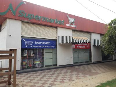 Shopping Malls Image of 1480 Sq.ft 3 BHK Apartment for buy in Singasandra for 6650000