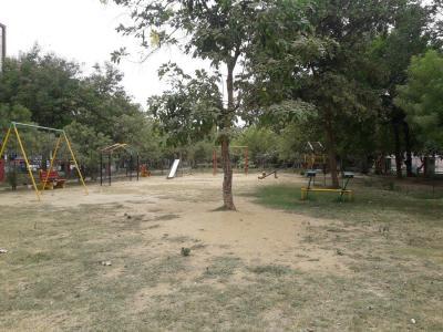 सेक्टर 23ए  में 3  खरीदें  के लिए 23 Sq.ft 3 BHK इंडिपेंडेंट फ्लोर  के पार्क  की तस्वीर