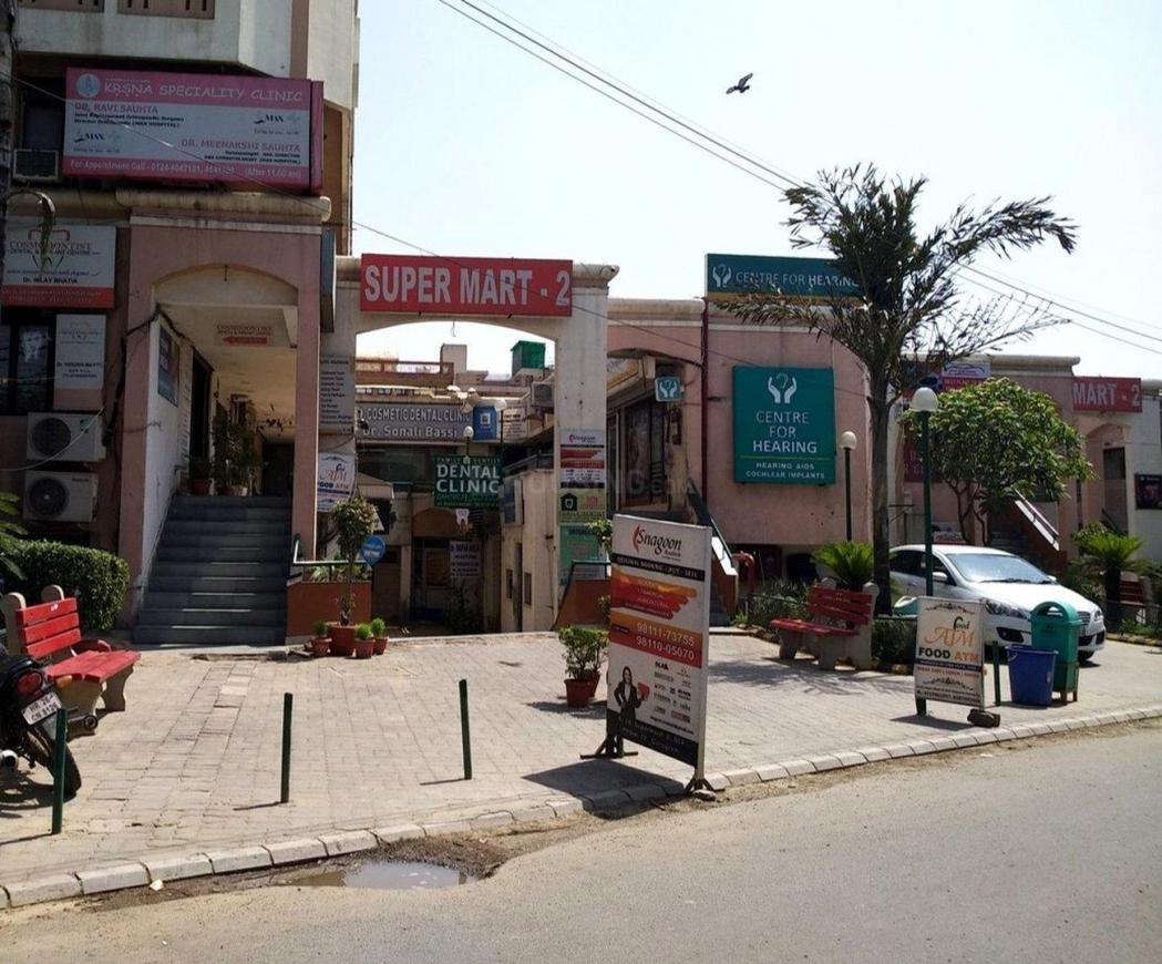 Shopping Malls Image of 1109 Sq.ft 2 BHK Apartment for buy in Sector 43 for 13000000