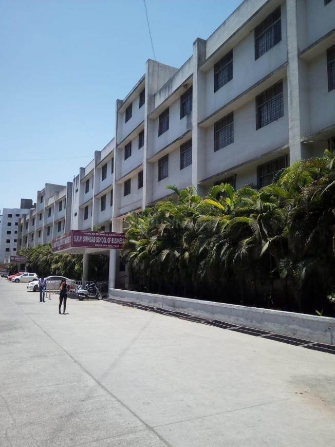 Schools &Universities Image of 0 - 960.0 Sq.ft 2 BHK Apartment for buy in Rawat Radha Nagari I