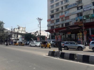 Shopping Malls Image of 2000 - 2150 Sq.ft 3 BHK Apartment for buy in Sajjan Kesariya Mansion