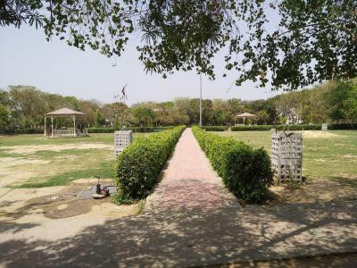 Parks Image of 0 - 2750 Sq.ft 4 BHK Independent Floor for buy in Crown Floors 5
