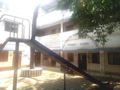 स्कायर एनक्लेव II में खरीदने के लिए 715.0 - 935.0 Sq.ft 2 BHK अपार्टमेंट स्कूलों और विश्वविद्यालयों   की तस्वीर