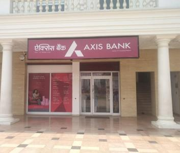 Banks Image of 126 - 2074 Sq.ft Shop Shop for buy in Omaxe Royal Street