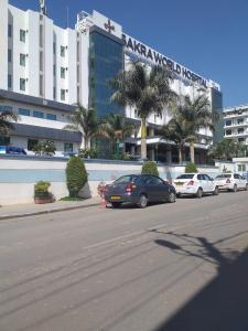 Hospitals & Clinics Image of 1374.0 - 2106.0 Sq.ft 3 BHK Apartment for buy in Vajram Esteva