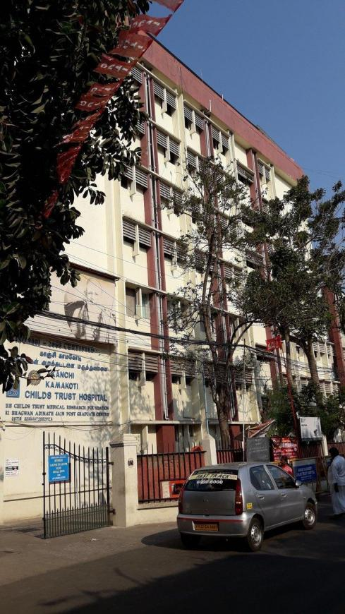 Hospitals & Clinics Image of 1800 Sq.ft 4 BHK Apartment for buyin Nungambakkam for 15500000