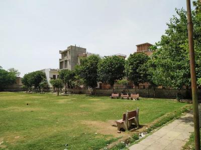 Parks Image of 0 - 675 Sq.ft 2 BHK Independent Floor for buy in Om Mani Floors Khasra No. 433/1