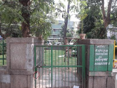 Parks Image of 1001 Sq.ft 1 BHK Independent Floor for rent in Lajpat Nagar for 35000
