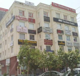 Shopping Malls Image of 450.0 - 1080.0 Sq.ft 1 BHK Independent Floor for buy in Shivom Jupiter Enclave