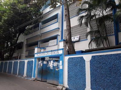 Schools & Universities Image of 750 Sq.ft 1 BHK Apartment for rent in Tollygunge for 10000