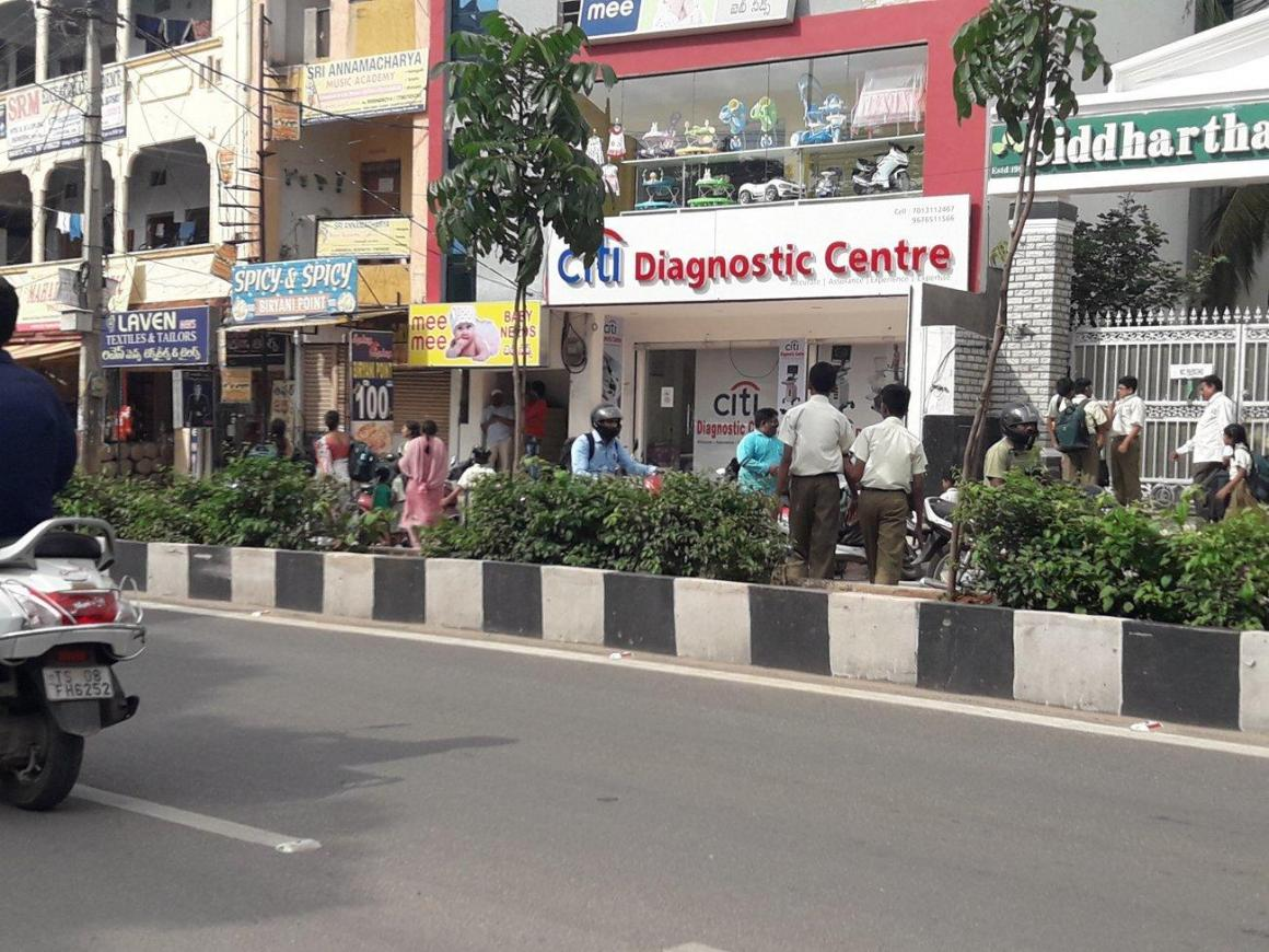 Schools & Universities Image of 641 Sq.ft 1 RK Apartment for buy in Boduppal for 4500000