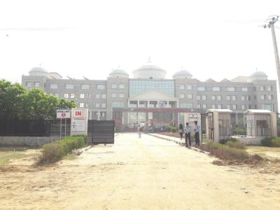 Schools &Universities Image of 1350 - 2350 Sq.ft 2 BHK Apartment for buy in Gold Golf Links