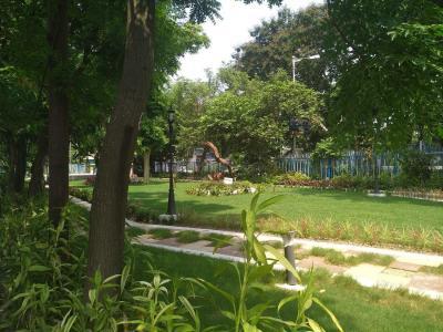 चटर्जी ज्योतिर्मोयी एनक्लेव में खरीदने के लिए 1076.0 - 1455.0 Sq.ft 3 BHK अपार्टमेंट पार्क  की तस्वीर