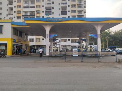 Petrol Pumps Image of 1650 Sq.ft 3 BHK Apartment for buy in Goel Satellite, Wanowrie for 15500000