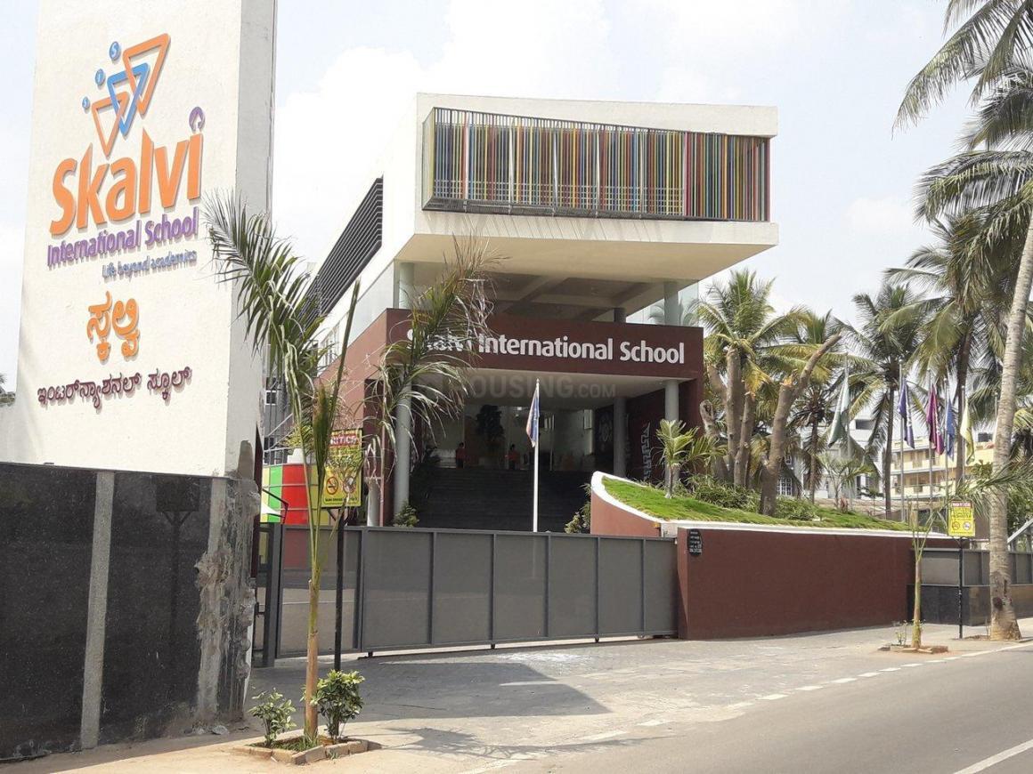 Skalvi International School